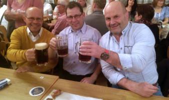 Stark für Mietraching: Harald Schiller, Manfred Scholler und Konrad Rankl beim Nockherberg 2017