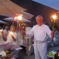 Wolfgang Lorenz mit Riesensternwerfer